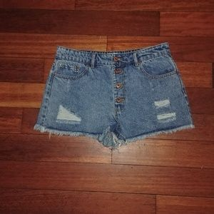 Forever 21 Distressed high waisted shorts NWOT